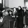 Las socialistas que se opusieron al voto femenino en 1933: «La mujer es histerismo»